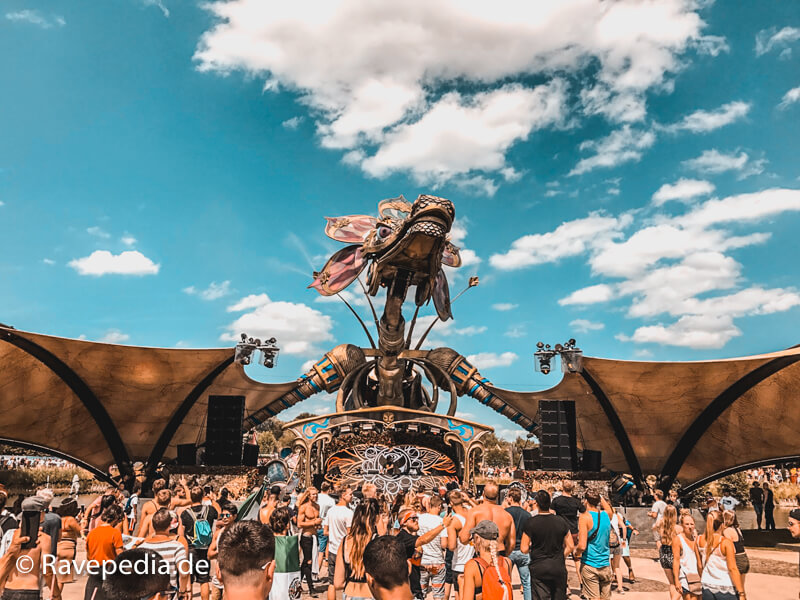 Rose Garden, Rose Garden 2017, Rose Garden Tomorrowland 2017, Drachen, Tomorrowland 2017, Tomorrowland Guide, Tomorrowland Guide 2018, Tomorrowland 2018, Tomorrowland Infos, Tomorrowland Tipps, Tomorrowland Tricks, Dreamville Tipps, Dreamville Tricks, Dreamville Info, Dreamville Guide,