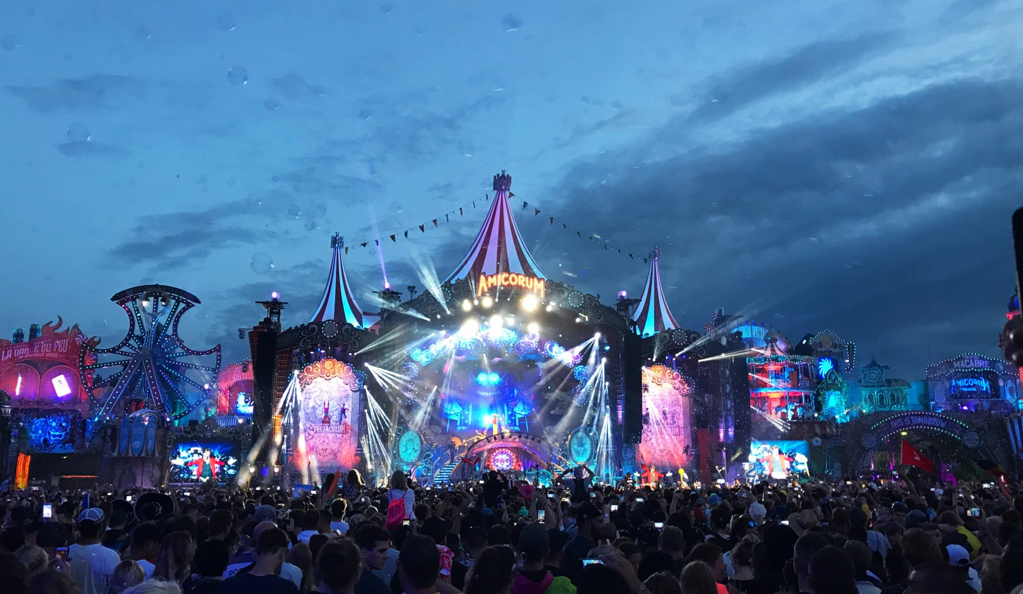 Tomorrowland, EDM Festival, Tomorrowland Guide, Electro Festival, Elektro Festival